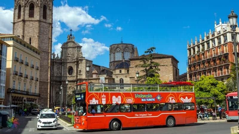 Valencia'da konaklama yapılacak yerler ulaşım araçlar