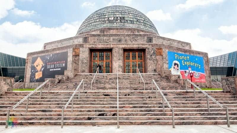 Adler Planetarium Chicago gezilecek yerler