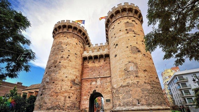 Torres de Quart Valencia gezilecek yerler