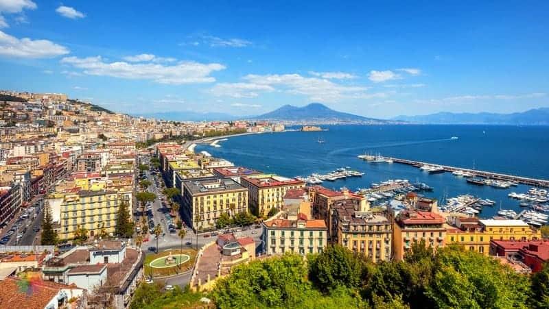 Chiaia otelleri Napoli'de nerede kalınır