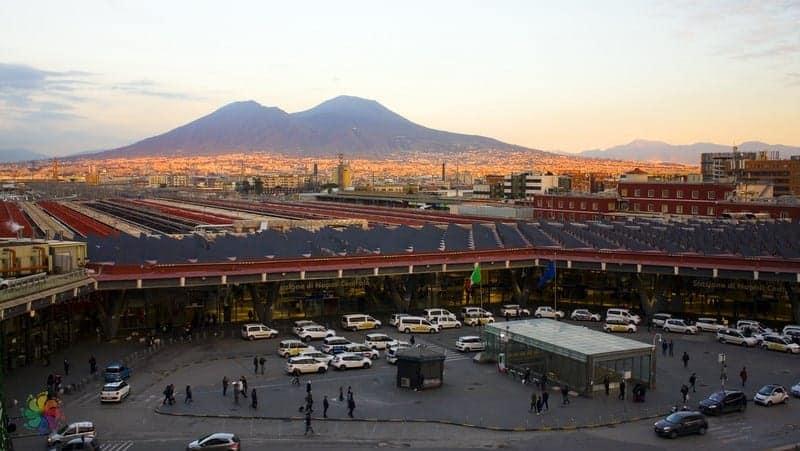 Napoli'de nerede kalınır Tren istasyonu otelleri