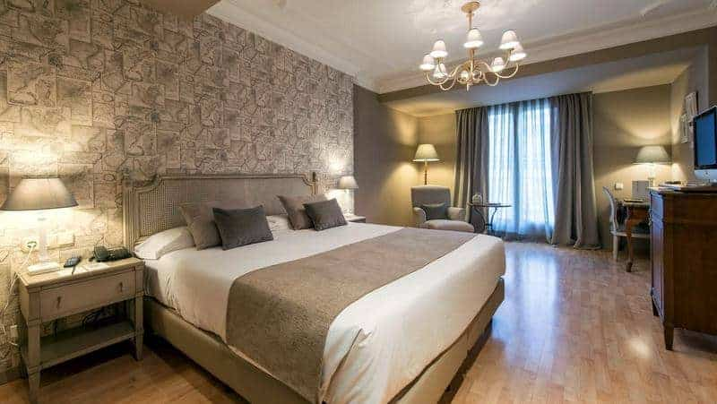 Valencia şehir merkezi otel tavsiyesi vincci