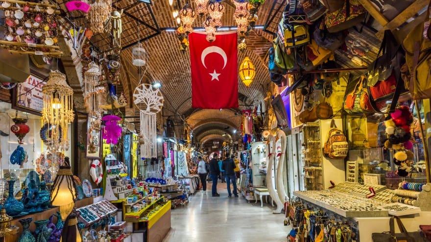 İzmir gezilecek yerler Kızlarağası Hanı