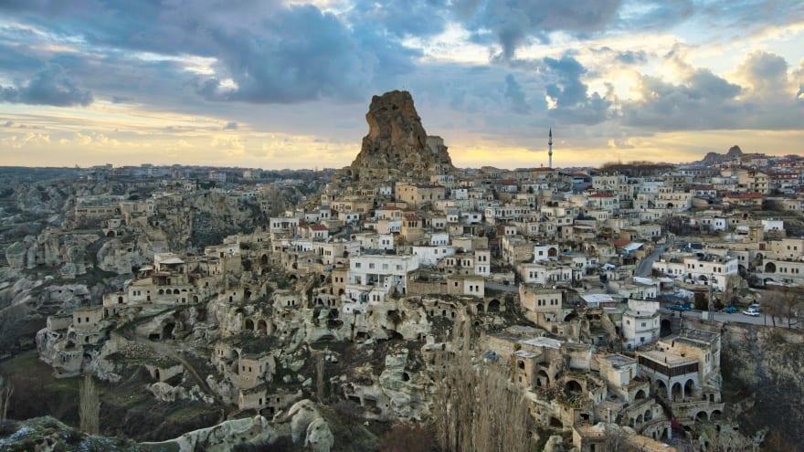 Ortahisar Kalesi Kapadokya gezilecek yerler
