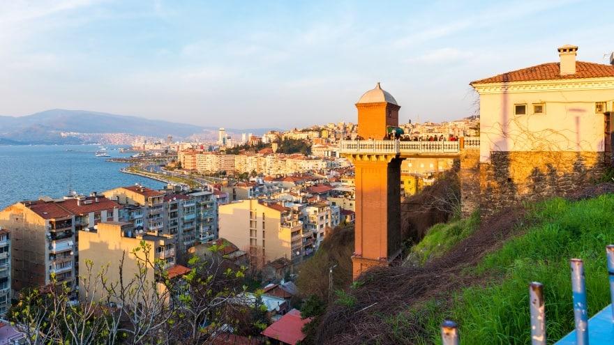 İzmir gezi blog Tarihi Asansör