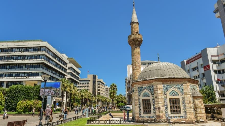 İzmir turu Yalı Konak Camii