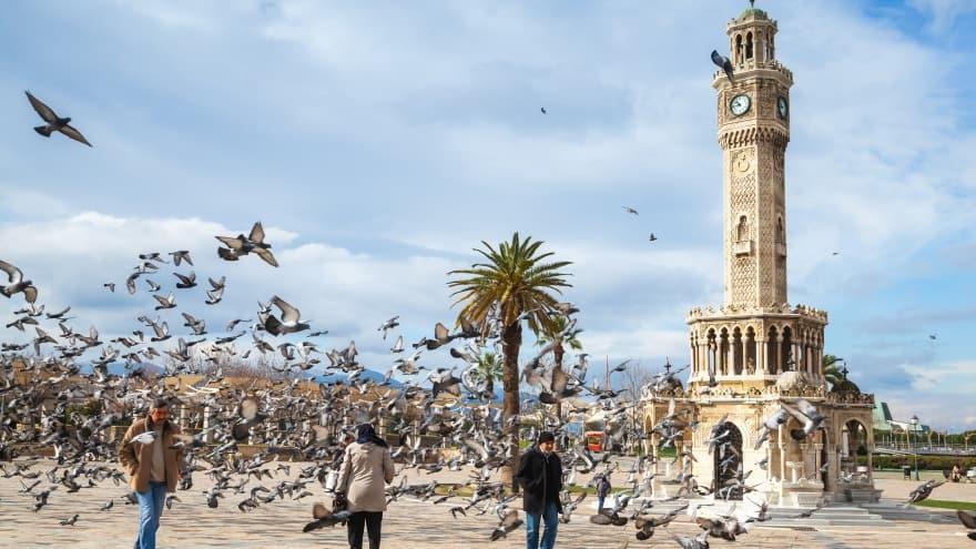 İzmir gezi rehberi Saat Kulesi