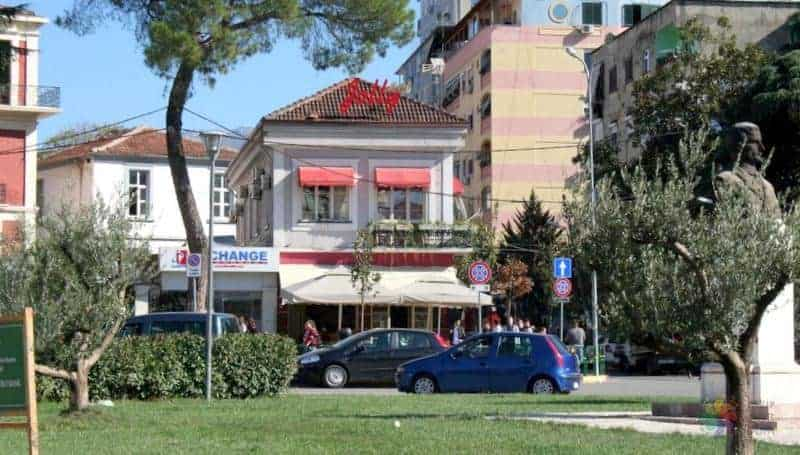 Balkan Turları tiran konaklama