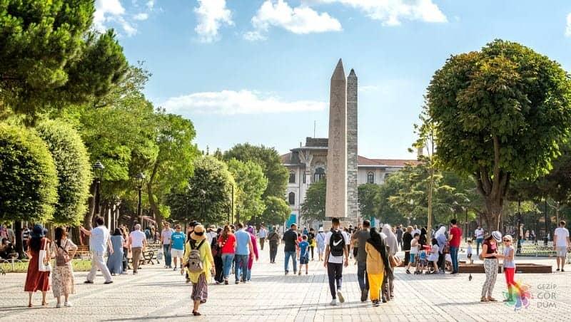 Sultanahmet Meydanı istanbul gezi rehberi