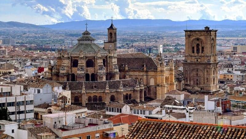 Granada Centro Granada'da nerede kalınır