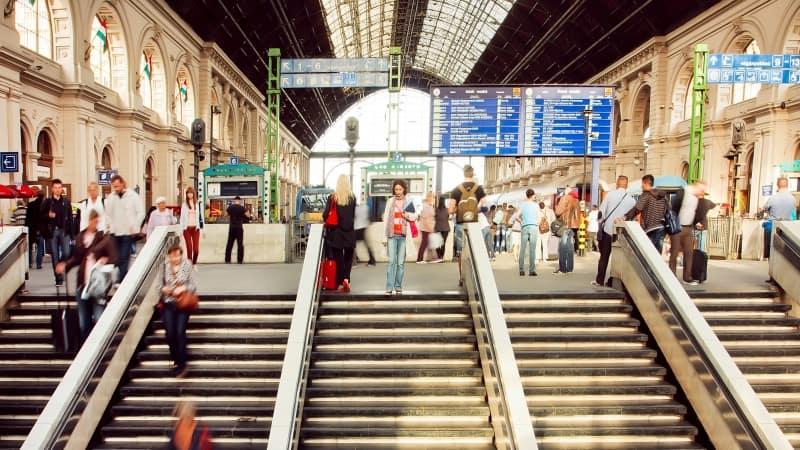 Budapeşte Havaalanı Ulaşım Araçları Tren Ulaşımı