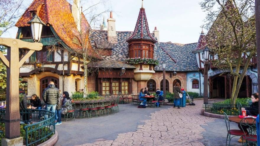 Disneyland Paris'te ne yenir