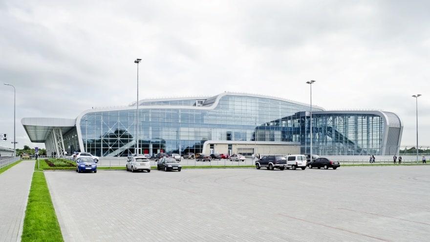 Lviv Havaalanı Gezip Gördüm