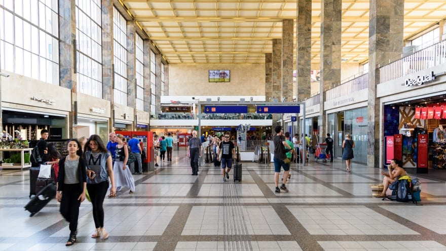Viyana Havaalanı Ulaşım Trenler S Bahn