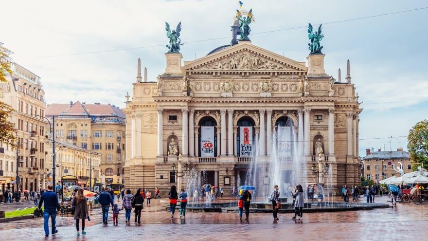 Lviv'de yapılacak şeyler Opera