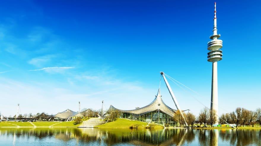 Olympiapark Olympiaturm Münih'te yapılması gereken şeyler