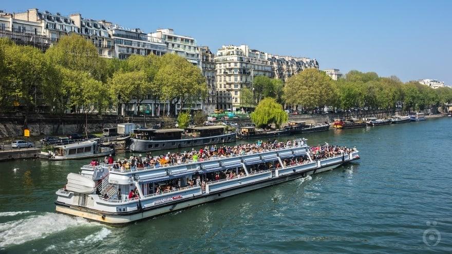 Paris'te ne yapılır? Tekne turu