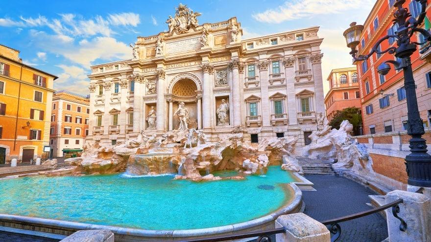 Trevi Çeşmesi Roma'da ne yapılır