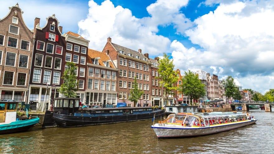 Amsterdam'da ne yapılır? Kanal Turu