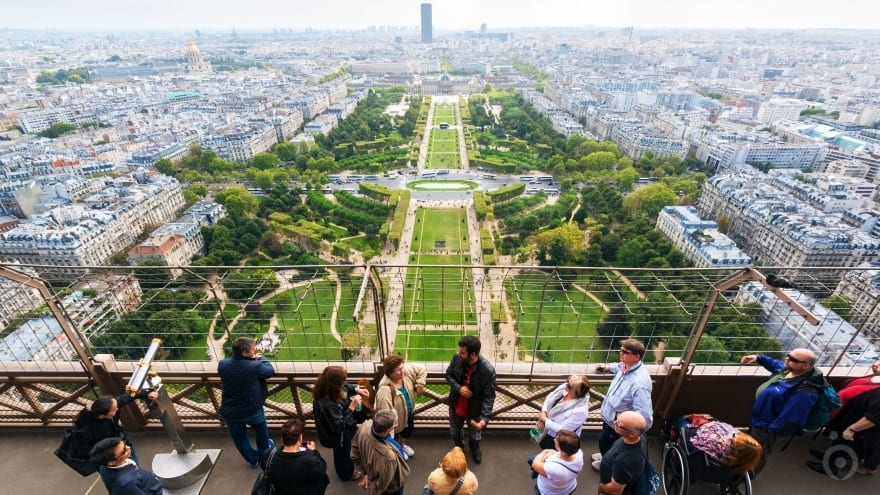 Eyfel Kulesi Paris'te yapılacak şeyler