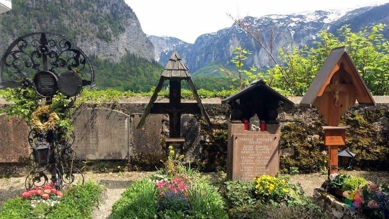 Cemetery Hallstatt'ta gezilecek yerler