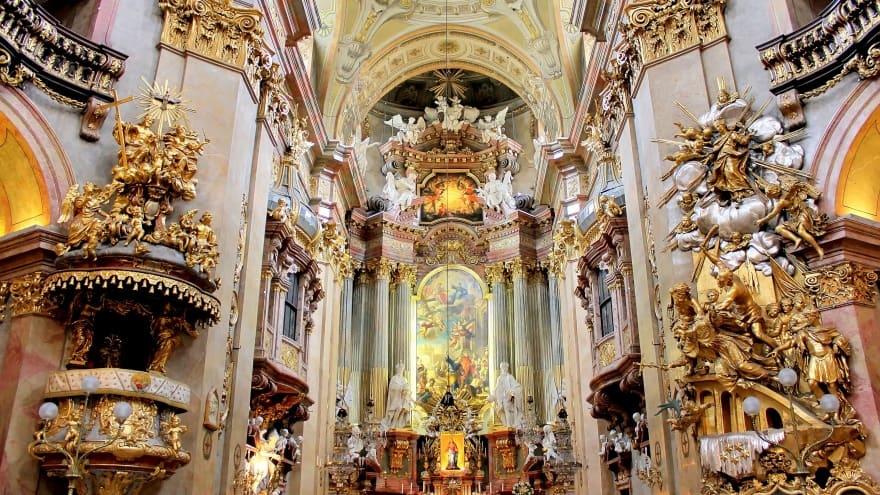 Viyana'da yapılacak şeyler kilise turu