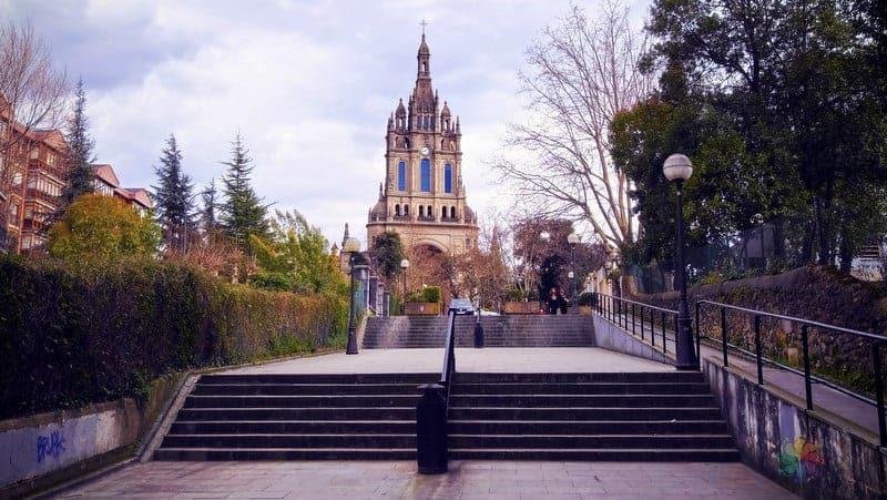 Begona Bazilikası Bilbao'da görülecek yerler