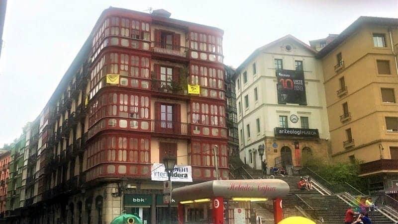 Bilbao'da nerede kalınır, internetten otel rezervasyonu