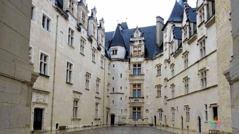 Bask Bölgesi Pau ve Tarbes gezilecek yerler