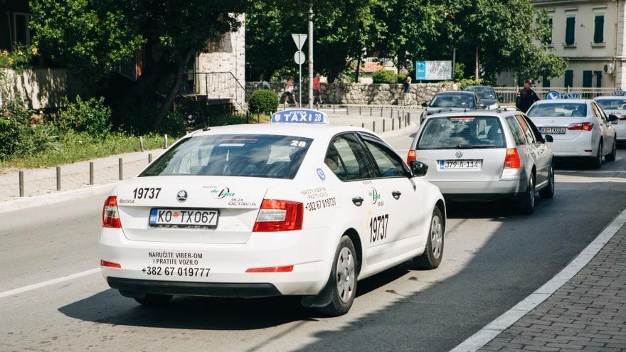 Podgorica Havaalanı Taksi