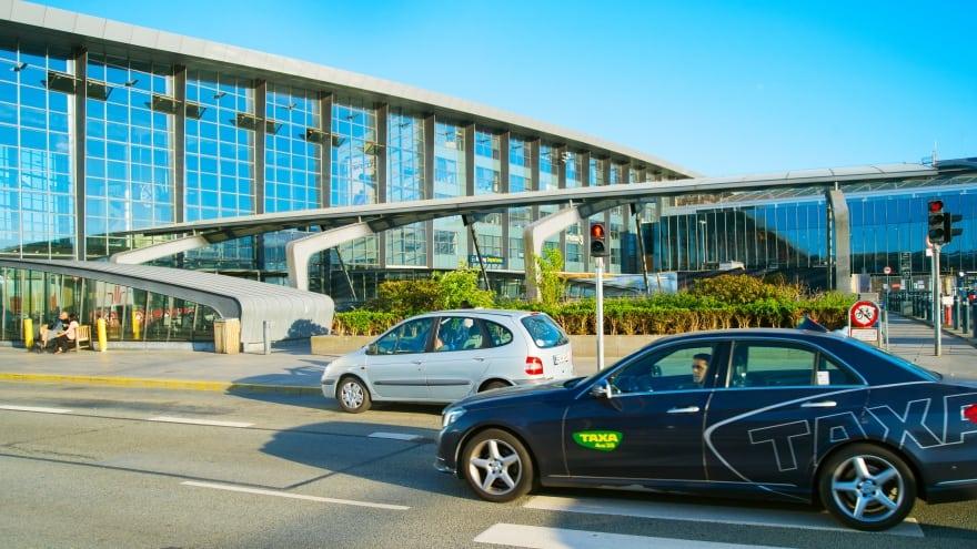 Kopenhag Havaalanı Taksisi
