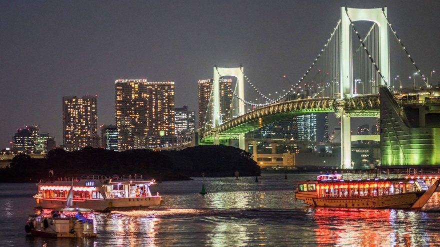 Tokyo'da ne yapılır? tekne turu