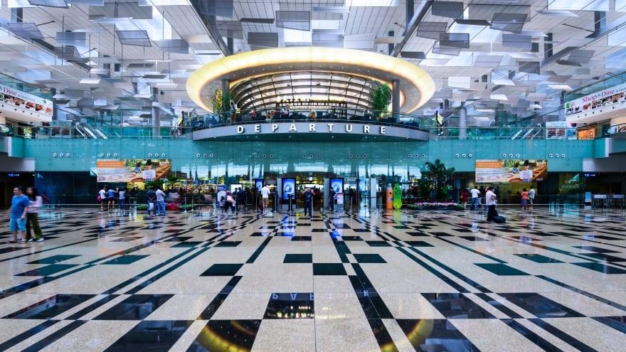 Singapur Havaalanı Hakkında Bilgiler