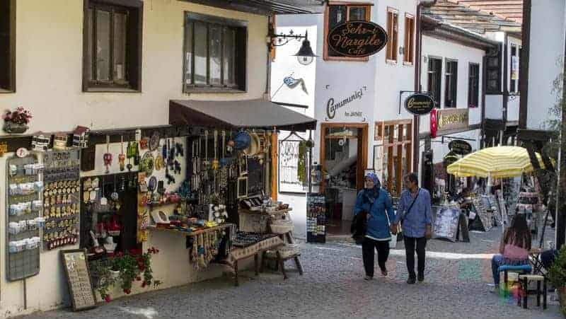 Eskişehir alışveriş yapılacak bölgeler, hediyelik eşya nereden alınır
