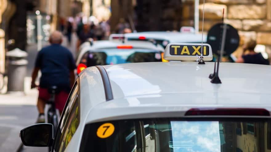 Amerigo Vespucci Airport Taxi