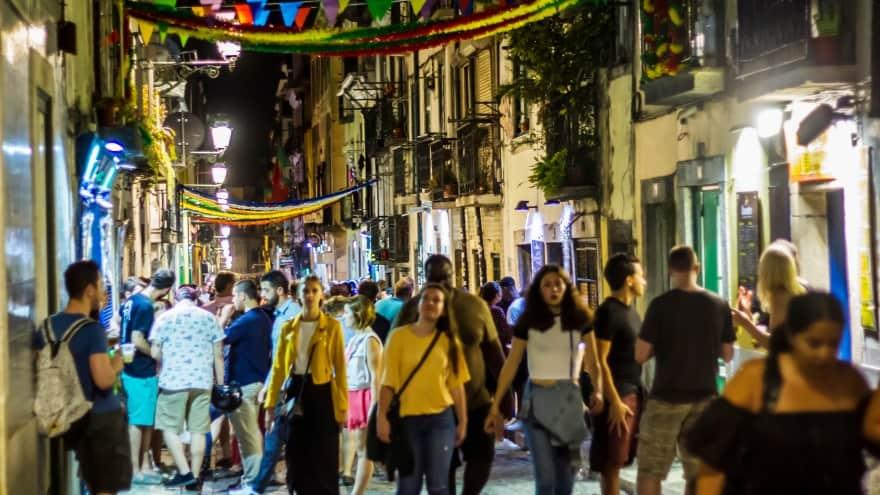 Lizbon'da yapılacak şeyler gece hayatı